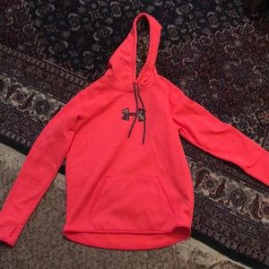 💕Hot pink Under Armour Hoodie! 💕